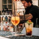 Genießen Sie im MUN vielfältige Cocktails, auch alkoholfrei.