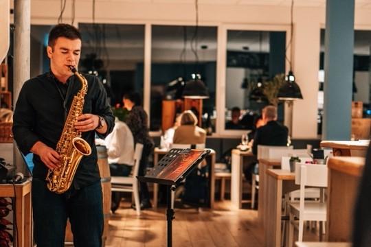 Musikalische Unterhaltung im MUR