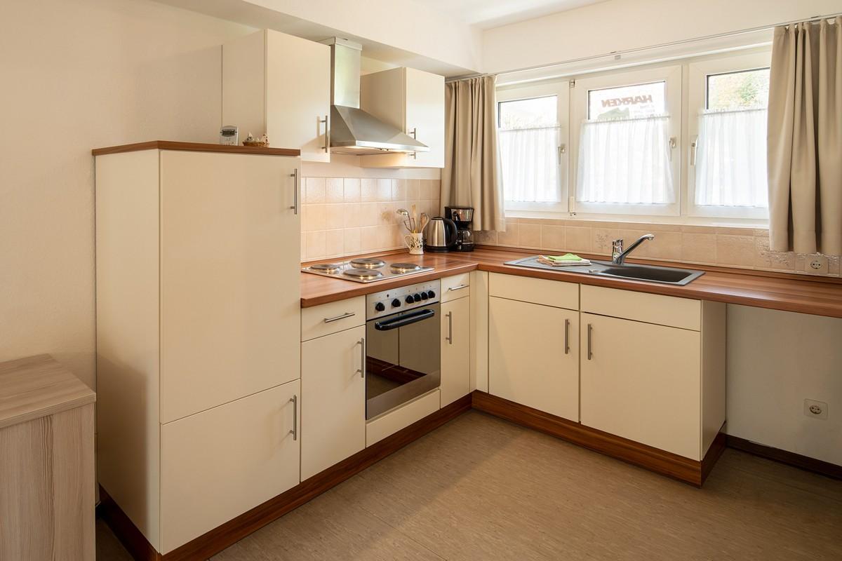 voll Ausgestattete Küche in der Wohnung B16.